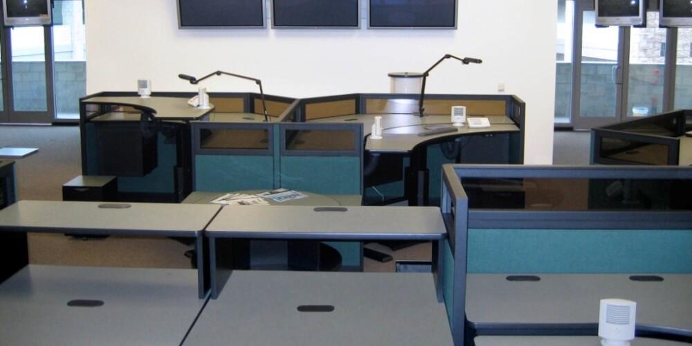 Systèmes de cloisons - Panel Systems - Cubicules - Cubicles - Variations - Centre d'appel - call center