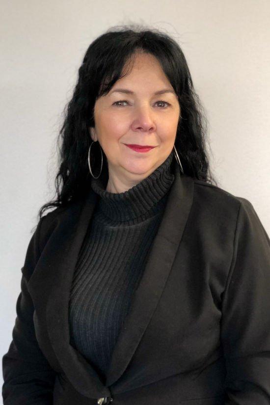 Maggie Esteves